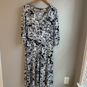 Chadwicks Dresses - Chadwicks sz L jersey dress